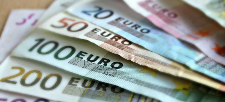 Kollross fordert generelles Verbot von Bankomatgebühren